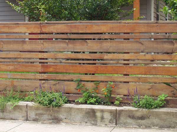 Recinzioni da esterno provincia di modena il girasole snc for Recinzioni giardino legno