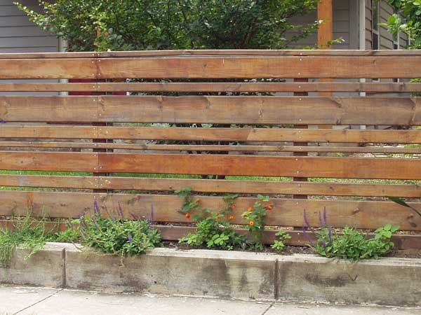Recinzioni da esterno provincia di modena il girasole snc for Recinzione legno giardino